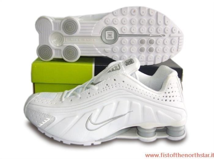 new arrival 8f1e3 0cc57 Scarpe Nike Shox In Offerta
