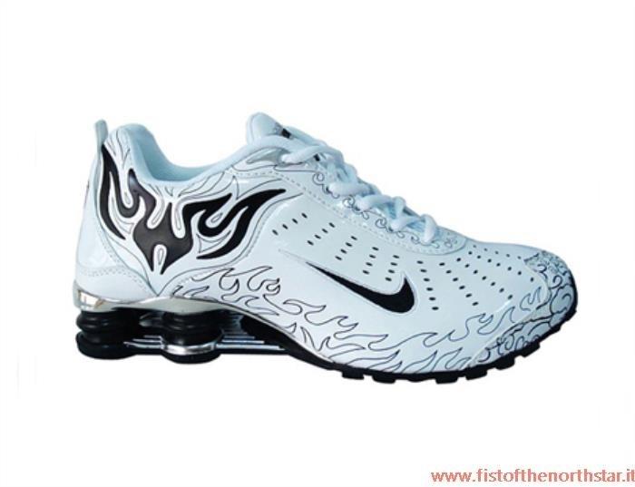scarpe nike shox r4 italia