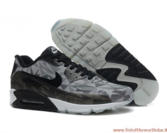 Nike Shox Outlet Italia fistofthenorthstar.it