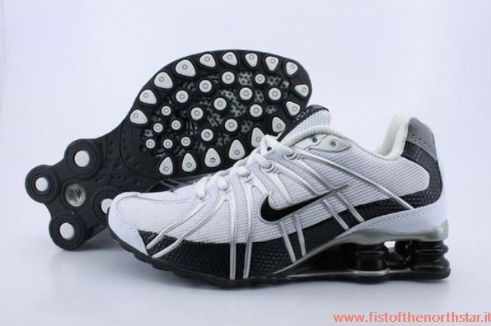 scarpe nike a poco prezzo